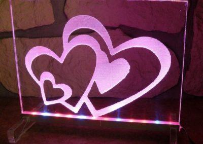 grawerowane laserem serca